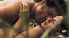 7. Секс с Марией Вальверде на природе – Освободитель
