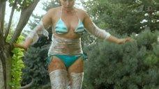 11. Дарья Екамасова в купальнике – Влюбленные женщины