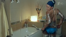 5. Дарья Екамасова в купальнике – Влюбленные женщины