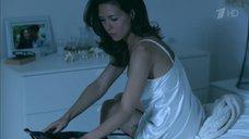 7. Екатерина Климова в белой ночнушке – Влюбленные женщины