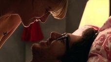 Чернис Ивет И Кэсси Келлер Топлес – Убойное Рождество Гарольда И Кумара (2011)