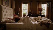 4. Кристен Белл в ночнушке – Дом лжи