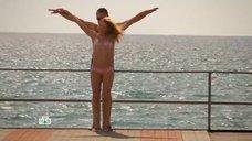 Елена Олькина в купальнике