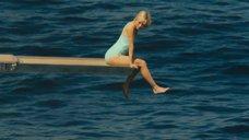 Сексуальная Наоми Уоттс отдыхает на яхте