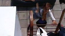6. Голая Юлия Галкина спит на надувном матрасе – Проснемся вместе?