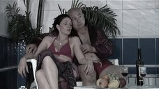 2. Анастасия Немец в купальнике – Проснемся вместе?