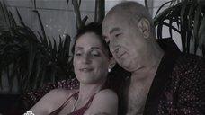3. Анастасия Немец в купальнике – Проснемся вместе?