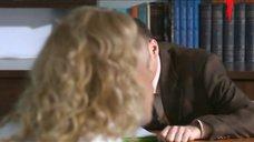11. Ирина Темичева засветила трусики перед преподавателем – Счастливый конец