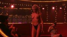 2. Эротический приватный танец Элизабет Беркли – Шоугелз