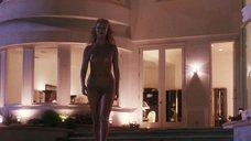 3. Страстный секс с Элизабет Беркли в бассейне – Шоугелз