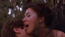 6. Секс со связанной Мэгги Джилленхол в лесу – Секретарша