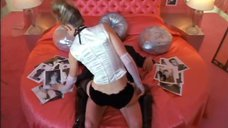 Секси сцена с Элэйн Хендрикс
