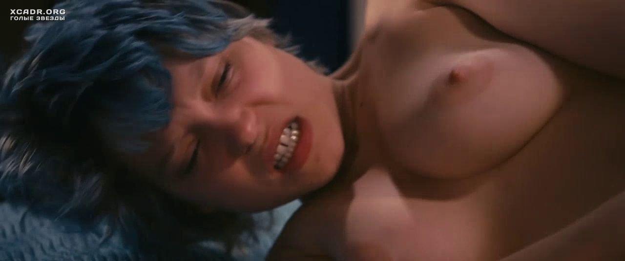 Лучшие лесбийские сцены в фильмах 25 видео  XCADRCOM
