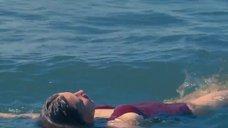 11. Адель Экзаркопулос в купальнике – Жизнь Адель