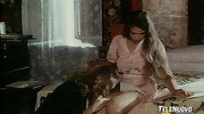 Лесбийская сцена с Орнеллой Мути и Зентой Бергер