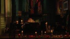 1. Постельная сцена с Анджелиной Джоли – Превратности любви