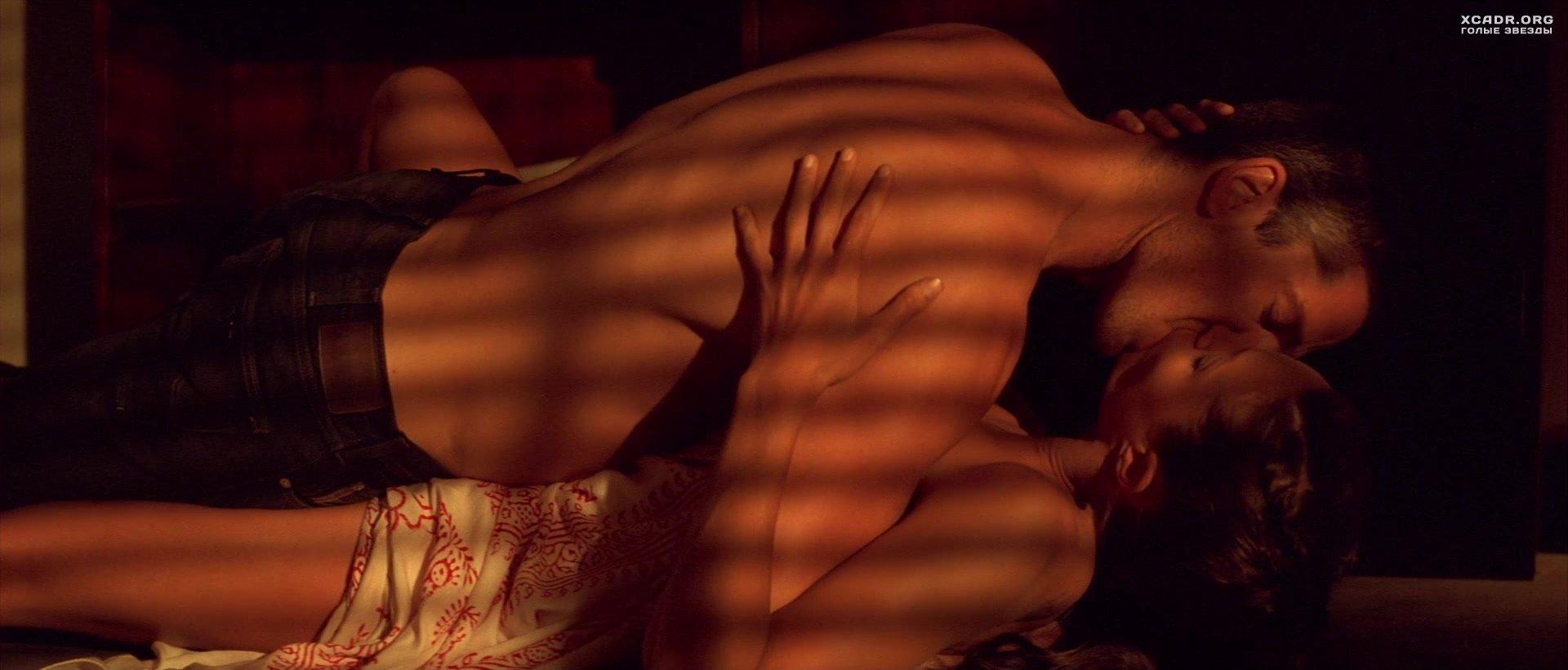 секс с анджелина джоли  VideoLike