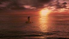 7. Красотка Анджелина Джоли – Беовульф (2007)