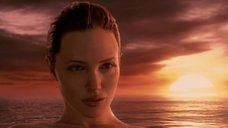 9. Красотка Анджелина Джоли – Беовульф (2007)