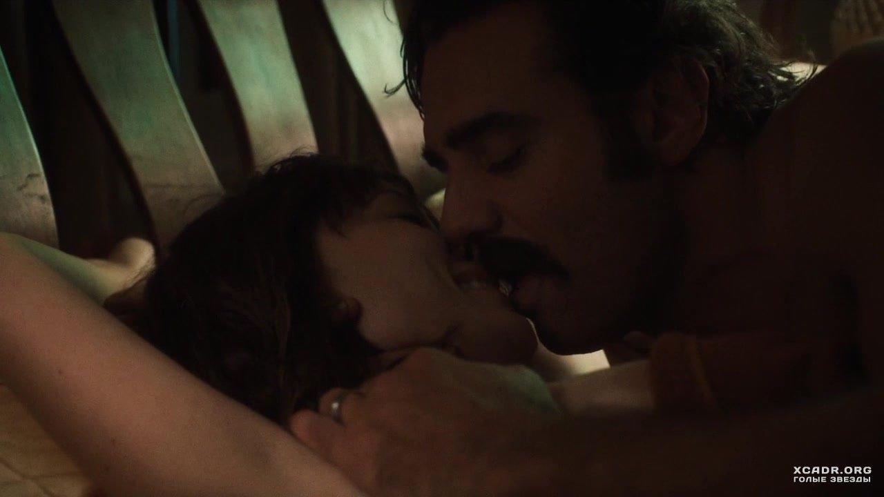 seks-s-s-seksualnimi-mamkami-video