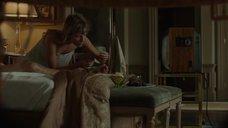1. Анджелина Джоли подглядывает как Мелани Лоран занимается сексом – Лазурный берег