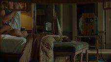 6. Анджелина Джоли подглядывает как Мелани Лоран занимается сексом – Лазурный берег