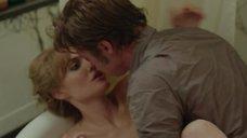 8. Секс с Анджелиной Джоли в ванне – Лазурный берег
