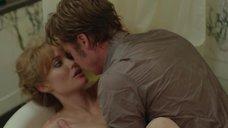 9. Секс с Анджелиной Джоли в ванне – Лазурный берег