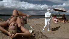 Ирина Ларина в купальнике