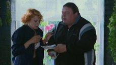 Оксана Сташенко в белом лифчике