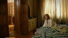 2. Постельная сцена с Аленой Ивченко – Не пытайтесь понять женщину
