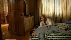 5. Постельная сцена с Аленой Ивченко – Не пытайтесь понять женщину