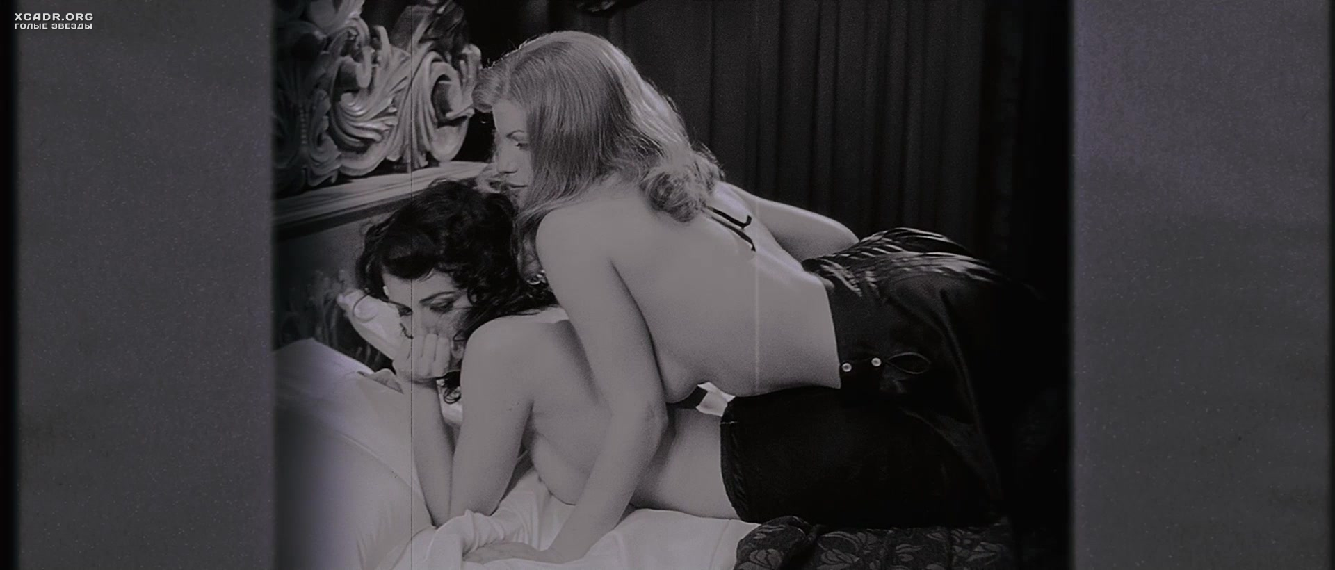 porno-russkaya-hozyayka-lesbi