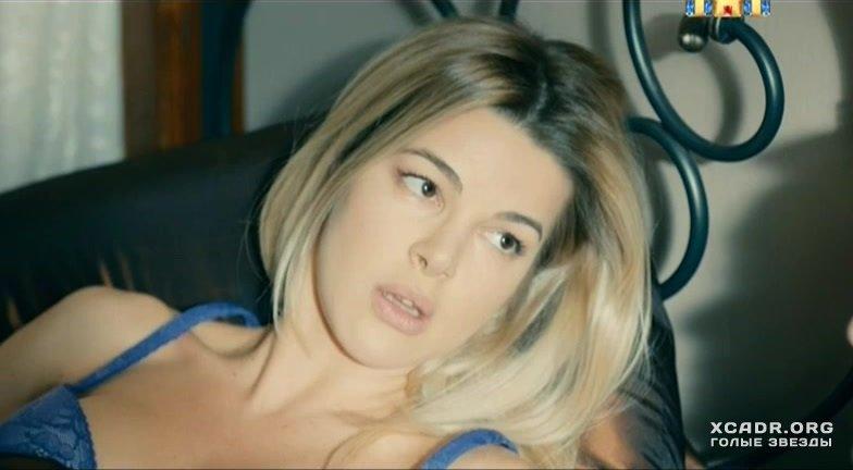 Голая Моника Беллуччи видео  XCADRCOM