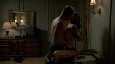 Интимная сцена с Элизой Душку