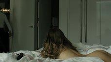 6. Голая попка Райли Кио – Девушка по вызову