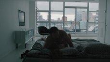 2. Секс сцена с Райли Кио – Девушка по вызову