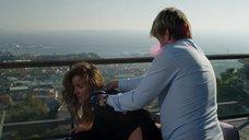 Секс с Надей Фарес на крыше
