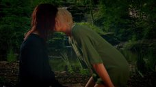 3. Лесбийская сцена с Кэтрин Прескотт и Лили Лавлесс – Молокососы