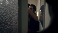 3. Дакота Блю Ричардс подглядывает за сексом Лайи Льюис – Молокососы