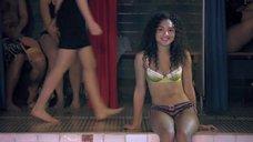 3. Поцелуй с Джессикой Сулой в бассейне – Молокососы