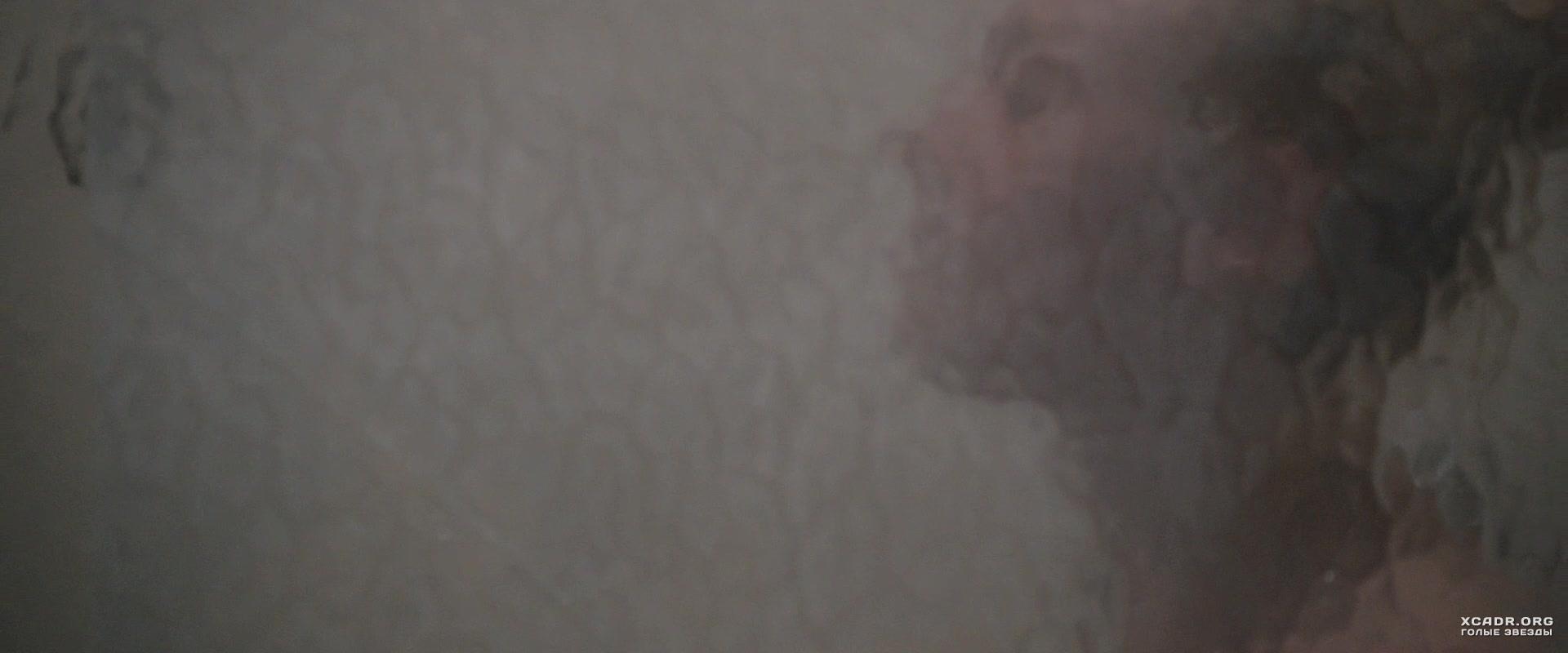 Эротическое фото с душем 16 фотография