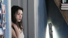 1. Торчащие соски Астрид Берже-Фрисби – Секс ангелов