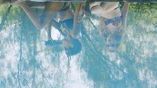 1. Виктория Ливайн, Скин Даймонд и Эшлинн Йенни в купальниках – Подчинение