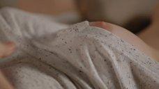 12. Эшлинн Йенни мастурбирует на фантазию с сексом Сары Лав – Подчинение