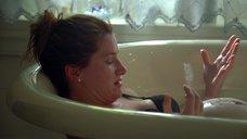 4. Кэтрин Хан мастурбируют в ванне – Жеребец