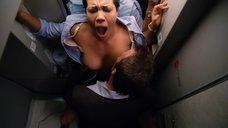 Секс с Кэндис Коук в самолете