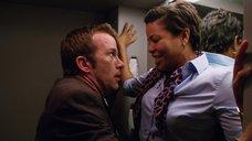 3. Секс с Кэндис Коук в самолете – Жеребец