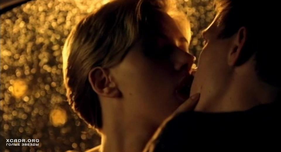Скарлетт Йоханссон Ублажают В Машине – Любовная Лихорадка (2004)