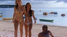 12. Тони Саблан и Джоанна Крупа в купальниках – Макс-разрушитель: Проклятие нефритового дракона